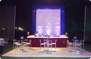 Toldos y Eventos Castillo S.A.C. bar y sillas